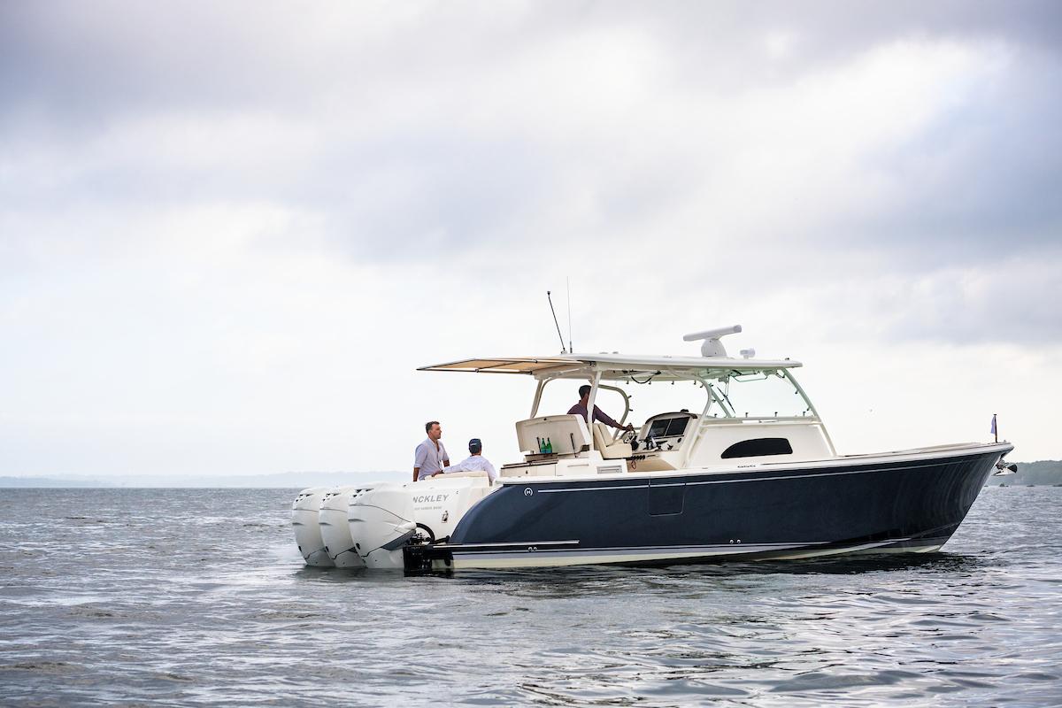 Hinckley Yacht Services Portbook